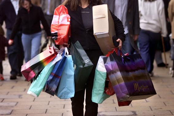 mujeres-compradoras